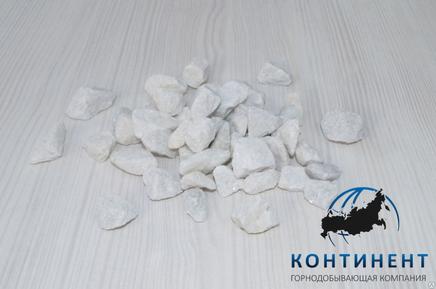 Мраморный щебень 5-20 мм цвет белый навал